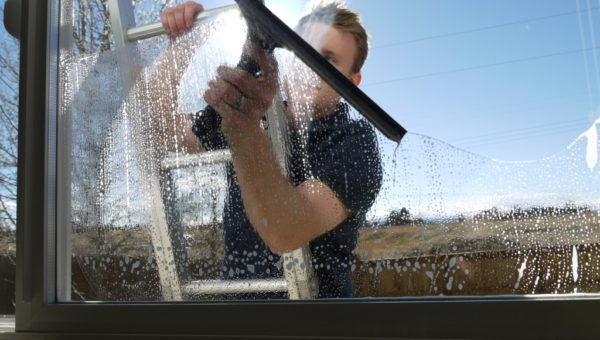 Hiring The Best Service Providers For Window Cleaning